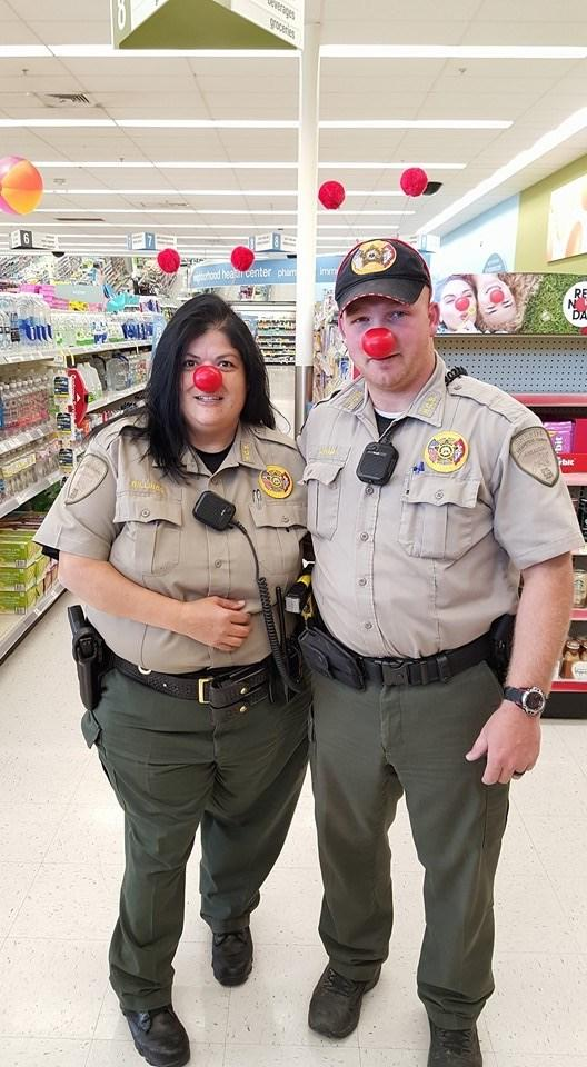 Hempstead County Sheriff & Deputies Support Hope Walgreens ...